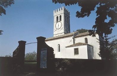 Chiesa di San Giorgio, secoli XVI-XIX, facciata del secolo XIX.