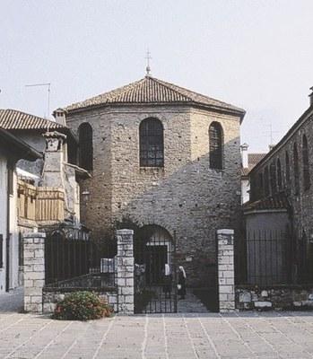 Particolare del Battistero (seconda metà del secolo V).