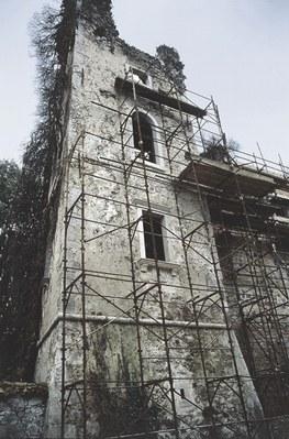 I resti della torre di Castel Rubbia.