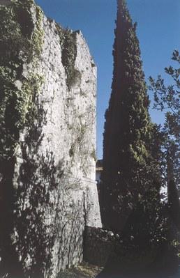 Castel d'Aviano, resti del castello