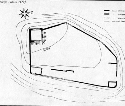 Pianta del castello, di F. Piuzzi, rilievo (1978).