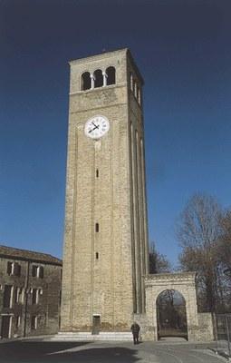 La torre dell'orologio.