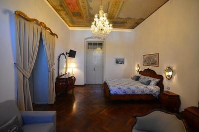 Camera nobile della Casa Vacanze Al Castello di Aiello.JPG