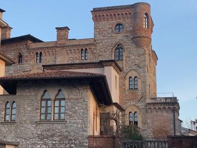 Castello Canussio  (1).jpg