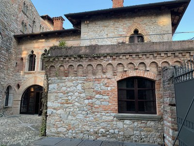 Castello Canussio  (3).jpg