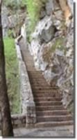Particolare della scalinata d'accesso al castello