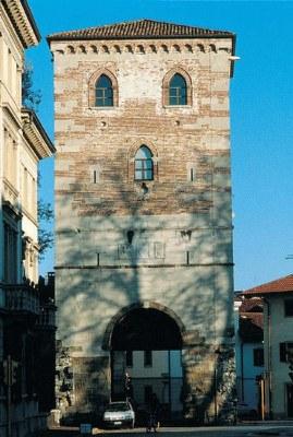 Torre di Porta Villalta (1480), quinto recinto di mura