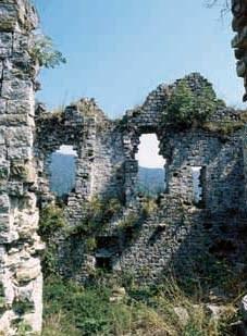 Vista delle rovine del castello.