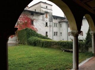 Vista della Torre trecentesca detta Porta d'Oriente
